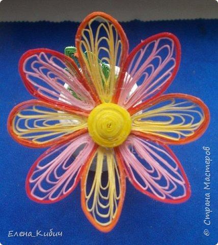 Здравствуйте. Учусь делать цветы на расческе. фото 2