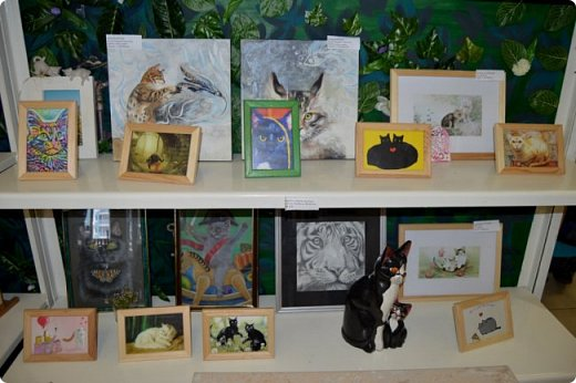 """Здравствуйте, дорогие друзья!!! Приглашаю всех любителей котов и кошек на экскурсию в необычный кошачий музей, который находится в центре Минска. Музей Кота - уникальное в своём роде культурно-развлекательное место, где живёт, пожалуй, самое милое произведение искусства, созданное матушкой-природой. Главные """"экспонаты"""" музея - это живые коты и кошки!!! фото 34"""