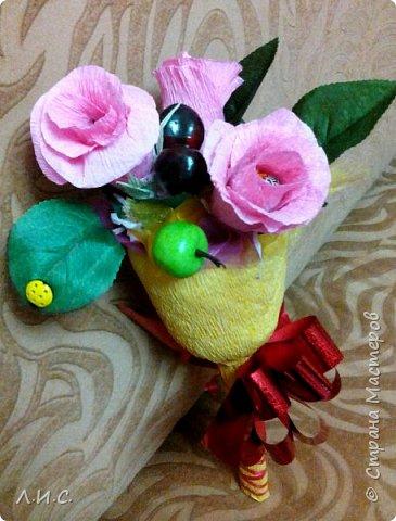 Если утром идти на линейку, а под рукой ни цветов,ни конфет, за исключением трёх ирисок.... фото 3