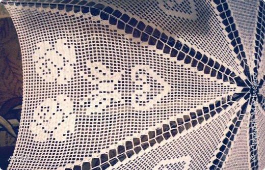 Вязала фрагментами (8 треугольников в филейной технике), потом сшивала. фото 5