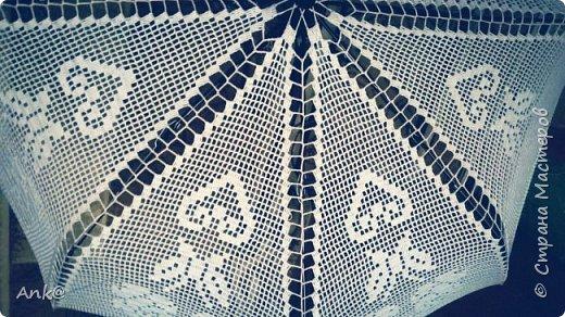 Вязала фрагментами (8 треугольников в филейной технике), потом сшивала. фото 4