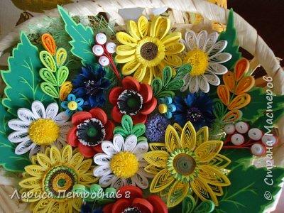 Доброе время суток жители Страны Мастеров !!! Давно были куплены корзинки и накручены цветочки но вот только сейчас соединила их вместе и получились корзинки с цветами  Подобные корзинки я уже делала ,подсмотрела  у Астаховой Инны ,большое спасибо за идею фото 3