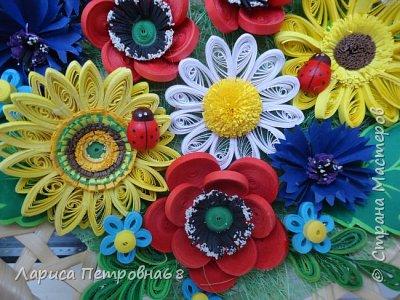 Доброе время суток жители Страны Мастеров !!! Давно были куплены корзинки и накручены цветочки но вот только сейчас соединила их вместе и получились корзинки с цветами  Подобные корзинки я уже делала ,подсмотрела  у Астаховой Инны ,большое спасибо за идею фото 4