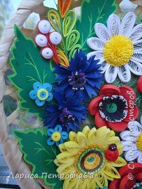 Доброе время суток жители Страны Мастеров !!! Давно были куплены корзинки и накручены цветочки но вот только сейчас соединила их вместе и получились корзинки с цветами  Подобные корзинки я уже делала ,подсмотрела  у Астаховой Инны ,большое спасибо за идею фото 6