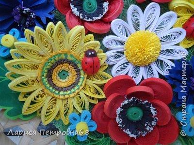 Доброе время суток жители Страны Мастеров !!! Давно были куплены корзинки и накручены цветочки но вот только сейчас соединила их вместе и получились корзинки с цветами  Подобные корзинки я уже делала ,подсмотрела  у Астаховой Инны ,большое спасибо за идею фото 7