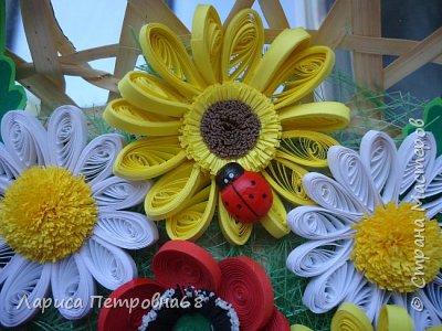 Доброе время суток жители Страны Мастеров !!! Давно были куплены корзинки и накручены цветочки но вот только сейчас соединила их вместе и получились корзинки с цветами  Подобные корзинки я уже делала ,подсмотрела  у Астаховой Инны ,большое спасибо за идею фото 8