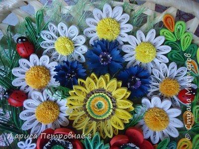 Доброе время суток жители Страны Мастеров !!! Давно были куплены корзинки и накручены цветочки но вот только сейчас соединила их вместе и получились корзинки с цветами  Подобные корзинки я уже делала ,подсмотрела  у Астаховой Инны ,большое спасибо за идею фото 16