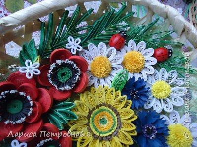 Доброе время суток жители Страны Мастеров !!! Давно были куплены корзинки и накручены цветочки но вот только сейчас соединила их вместе и получились корзинки с цветами  Подобные корзинки я уже делала ,подсмотрела  у Астаховой Инны ,большое спасибо за идею фото 22