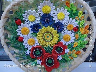 Доброе время суток жители Страны Мастеров !!! Давно были куплены корзинки и накручены цветочки но вот только сейчас соединила их вместе и получились корзинки с цветами  Подобные корзинки я уже делала ,подсмотрела  у Астаховой Инны ,большое спасибо за идею фото 15