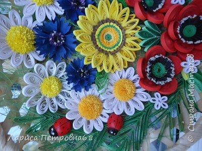 Доброе время суток жители Страны Мастеров !!! Давно были куплены корзинки и накручены цветочки но вот только сейчас соединила их вместе и получились корзинки с цветами  Подобные корзинки я уже делала ,подсмотрела  у Астаховой Инны ,большое спасибо за идею фото 19
