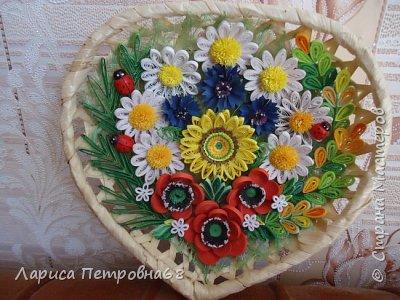 Доброе время суток жители Страны Мастеров !!! Давно были куплены корзинки и накручены цветочки но вот только сейчас соединила их вместе и получились корзинки с цветами  Подобные корзинки я уже делала ,подсмотрела  у Астаховой Инны ,большое спасибо за идею фото 23