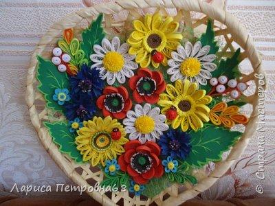 Доброе время суток жители Страны Мастеров !!! Давно были куплены корзинки и накручены цветочки но вот только сейчас соединила их вместе и получились корзинки с цветами  Подобные корзинки я уже делала ,подсмотрела  у Астаховой Инны ,большое спасибо за идею фото 13