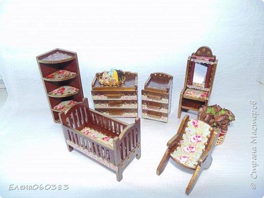 Кукольная мебель для игрушек высотой 8-10 см фото 9