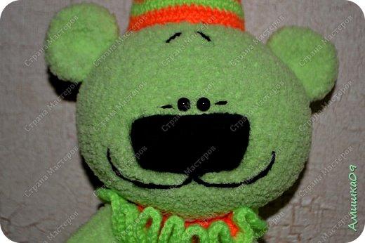 Мишка связан из Ализе софти Автор игрушки Виктория Соколова Рост 38 см с колпаком  фото 2