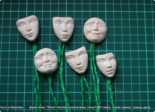 Применение нашли при изготовлении ёлочных игрушек - снежинок http://stranamasterov.ru/node/1128389  фото 14