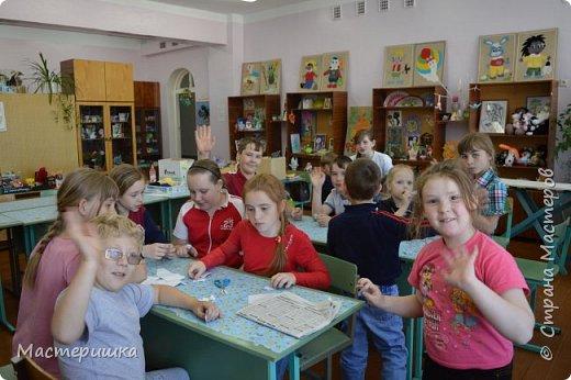 Вот и начался новый учебный год .... с чем всех  и ПОЗДРАВЛЯЮ!!! А я спешу показать несколько фото счастливых лиц ребят из нашего летнего лагеря. фото 5