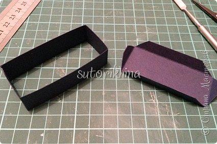 Добрый день! В этом МК я расскажу, как делала небольшие коробочки для флешек (в подарок музыкантам). Одна коробочка для гитариста, вторая для певицы. фото 16