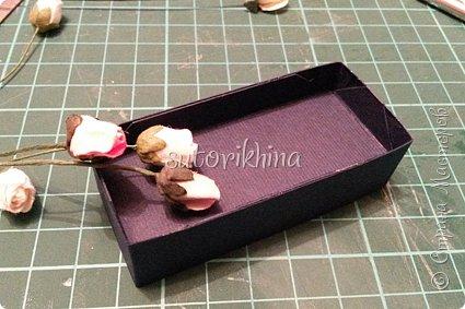 Добрый день! В этом МК я расскажу, как делала небольшие коробочки для флешек (в подарок музыкантам). Одна коробочка для гитариста, вторая для певицы. фото 17