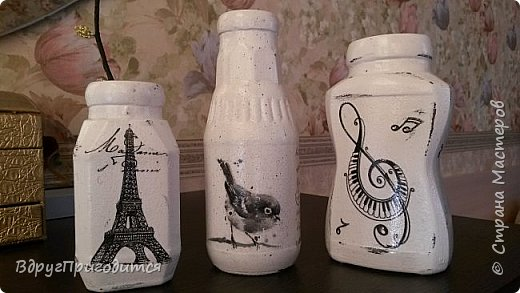 Здравствуйте, соседи! Хочу показать вам свои вазочки-баночки-бутылочки и еще немного всякой всячины. Готовила их, по традиции, на благотворительную ярмарку - для веточек вербы. Не все любят большие букеты, вот для малюсек такие емкости вполне удобны. фото 4