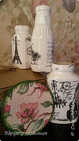 Здравствуйте, соседи! Хочу показать вам свои вазочки-баночки-бутылочки и еще немного всякой всячины. Готовила их, по традиции, на благотворительную ярмарку - для веточек вербы. Не все любят большие букеты, вот для малюсек такие емкости вполне удобны. фото 6