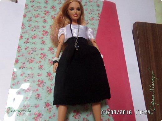 """привет!сегодня я сдаю работу на конкурс """"Мисс Кукольная Жизнь"""" http://stranamasterov.ru/node/1046432 И  меня черно-белый костюм: фото 1"""