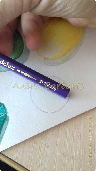 Доброго времени суток!)  Сегодня покажу вам как можно нарисовать объемные камушки. Данный мастер-класс я увидела в инстаграмме, совершенно не запомнив у кого (( решила попробовать, затем конечно показать вам :) В общем нам понадобится бумага, акварельные цветные карандаши, кисточка, вода.  фото 3
