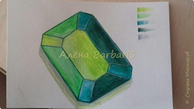 Доброго времени суток!)  Сегодня покажу вам как можно нарисовать объемные камушки. Данный мастер-класс я увидела в инстаграмме, совершенно не запомнив у кого (( решила попробовать, затем конечно показать вам :) В общем нам понадобится бумага, акварельные цветные карандаши, кисточка, вода.  фото 36