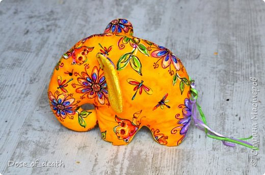 Прислали мне из Тулы, наборы для изготовления текстильных игрушек. Изготовить нужно было ко Дню Рождения мамы, т.к. она любит слоников. фото 1