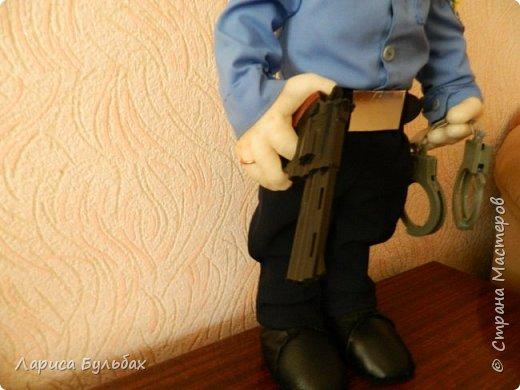 Хочу представить на суд жителей страны свою новую куколку- милиционера. фото 3