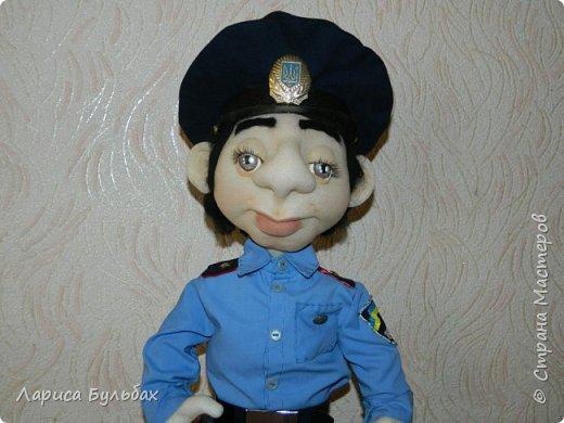 Хочу представить на суд жителей страны свою новую куколку- милиционера. фото 2