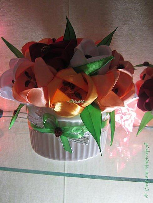 """Доброго дня!Эти букетики в подарок для моих очень хороших знакомых женщин..На первом снимке ещё нет """"тычиночек""""..так что не обессудьте,букеты в процессе....)) фото 3"""