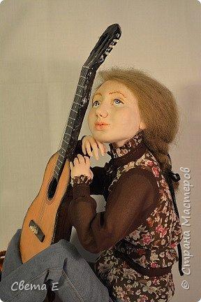 Девушка с гитарой  фото 2