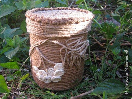 Вот такие Лялишны. Куколки сделанные из джута, часть его отбелила, а часть покрасила чаем. Вся тесьма и фартушки сотканы в ручную. фото 15