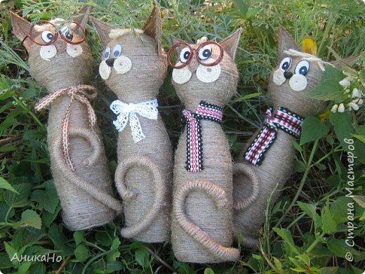 Вот такие Лялишны. Куколки сделанные из джута, часть его отбелила, а часть покрасила чаем. Вся тесьма и фартушки сотканы в ручную. фото 12