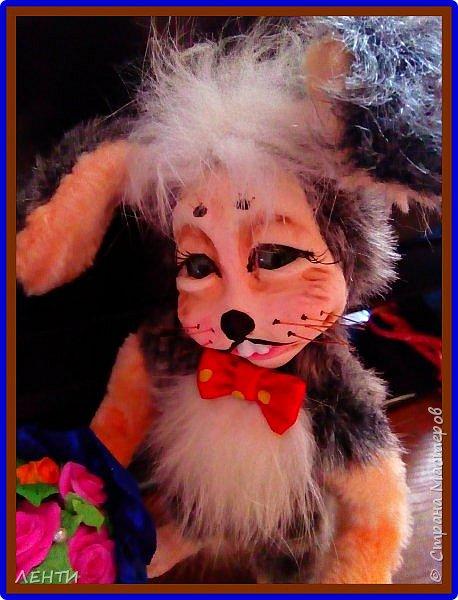 Добрый вечер волшебная страна!!!!! Хочу познакомить вас вот с таким зайкой, который был сделан в подарок свекрови и поэтому пока безымянный... Завтра поедет в новый дом! И не с пустыми руками к имениннице ! Как истинный джентельмен!!!!  фото 14
