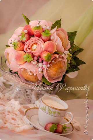 Здравствуйте дорогие посетители блога! Хочу показать вам сладкие, но не конфетные букеты.  Что вы думаете о таких букетах? фото 7