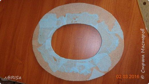 Хочу показать вам  как я делала фоторамку из яичных лотков и картона фото 2