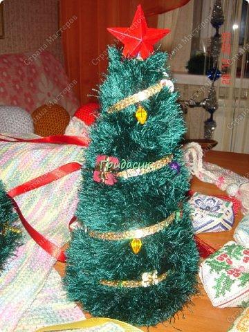 """Итак, фотоотчет за несколько лет. Посмотрим на ёлки. Здрямсти вам. На этой фотке елки, за которые я получила приз - карточку в Леонардо от газеты """"Ва-банкъ"""" в 2013 г. Наверное, это тильда-елки. фото 10"""