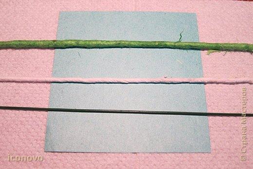 Т.к. в СМ много разных гербер, то остановлюсь на веточке хризантемы и листьях. фото 7