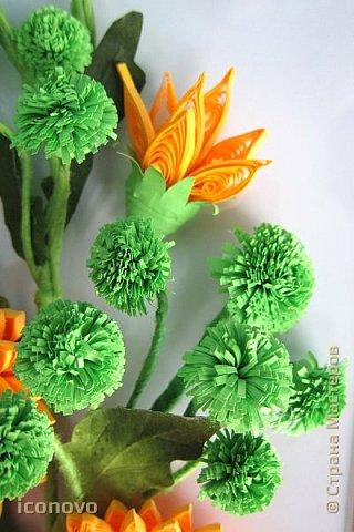 Т.к. в СМ много разных гербер, то остановлюсь на веточке хризантемы и листьях. фото 12