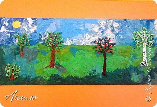"""Лето уходит, но остаются тёплые воспоминания о солнечных летних днях. Эта пластилиновая картина была создана детьми подготовительной группы в рамках проекта """"Деревья нашего участка"""" и явилась итогом того, что дети узнали. фото 12"""