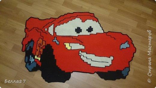 Вот такой вот коврик в детскую сыну я связала крючком.  Размер примерно 100 см на 65 см фото 1