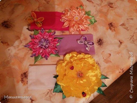 Третья моя болезнь - канзаши и все что с эти связано - готовилась к выпускному из сада дочери - сделала в подарок воспитателям фото 15