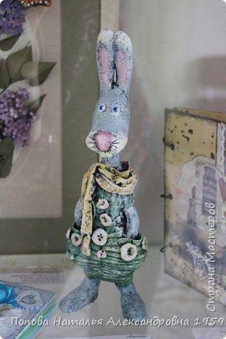 Прошла отчетная выставка в ДДТг. Чебоксары Ч. Р. Мои чудесные фигурки из папье- маше эффектно украсили нашу выставку.                          фото 3