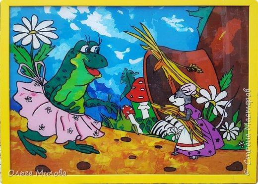 Здравствуйте, уважаемые жители Страны! Сегодня я расскажу вам о выставке сказки, которая проходила у нас в саду. Участники выставки: дети, родители, воспитатели. Петушок и курочка. Коллективная работа моей младшей группы. Вырезала петушка и курочку из картона. Обклеили полностью салфетками (гофротрубочки + торцевание + шарики из салфеток) фото 8