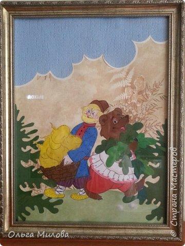 Здравствуйте, уважаемые жители Страны! Сегодня я расскажу вам о выставке сказки, которая проходила у нас в саду. Участники выставки: дети, родители, воспитатели. Петушок и курочка. Коллективная работа моей младшей группы. Вырезала петушка и курочку из картона. Обклеили полностью салфетками (гофротрубочки + торцевание + шарики из салфеток) фото 6