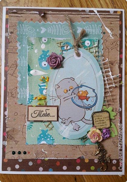 Накануне преобрела бумагу с котовой темой и  главным героем- Басиком. Решила поэксперементировать и сделать серию открыток. Первая открытка- в американском стиле. фото 7