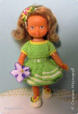 Моя коллега коллекционирует старых кукол ГДРок и пупсов,они часто ей достаются в плачевном состояние и без одежды,вот она и попросила меня принарядить некоторых из них. фото 8