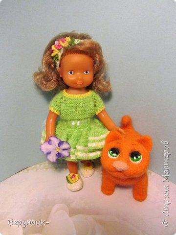 Моя коллега коллекционирует старых кукол ГДРок и пупсов,они часто ей достаются в плачевном состояние и без одежды,вот она и попросила меня принарядить некоторых из них. фото 12