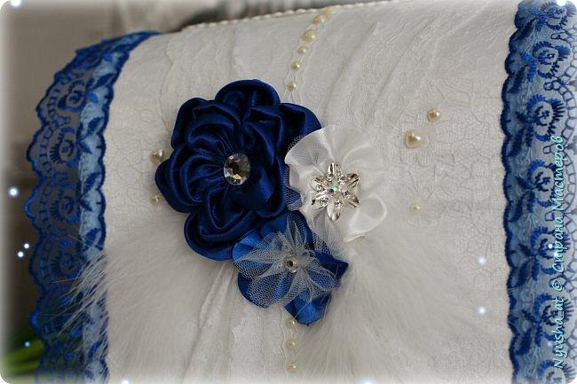 Подушечка и казна в синем цвете фото 3